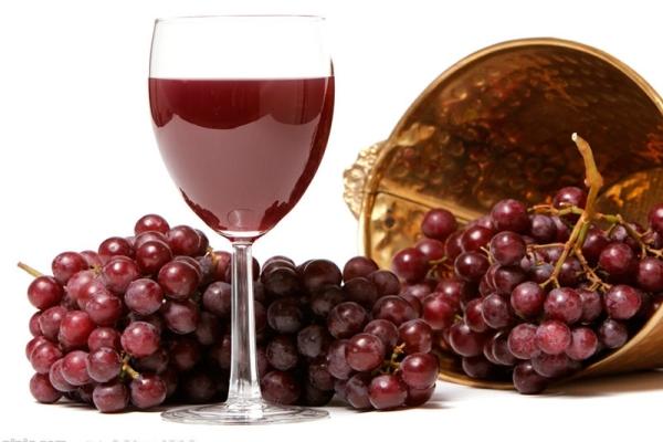 Hausgemachter Lidia-Wein